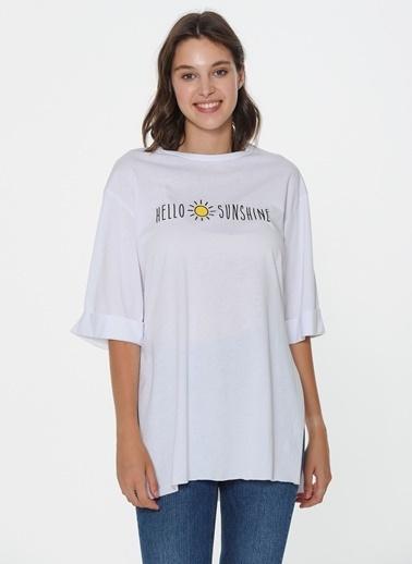 Loves You Hello Sunshine Baskılı Loose Fit T-Shirt Beyaz